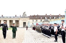 VN, France beef up defence ties