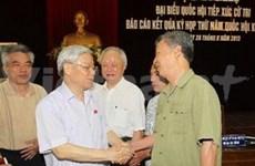 Leaders meet with voters in Hanoi, Ha Tinh