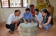 Ancient bronze drum found in Bac Kan