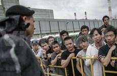 More illegal Vietnamese migrants return home