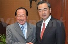 Cambodia, China pledge to boost ties