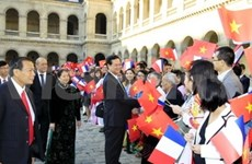 PM Dung inaugurates new embassy in France