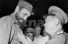 Cuban people keep General Giap's image forever: Raul Castro
