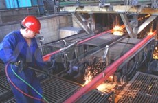 Steel sector struggles to escape rut