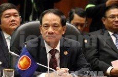 ASEAN leader holds talk with Chinese FM