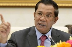 Cambodia vows to maintain border peace with Thailand