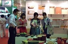 Businesses bring their gifts to Hanoi show