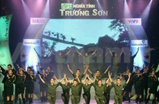 Art performance commemorates Truong Son soldiers