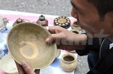 Hanoi Museum hosts weekly bazaar