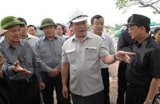 Quang Ngai urged to further support flood victims
