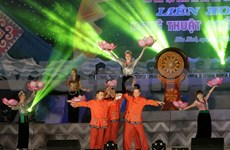 Ethnic cultural festival attracts tourists