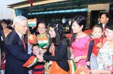 Party chief visits embassy staff, OVs in India