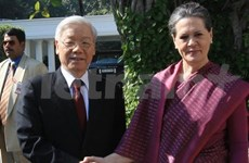 Party leader meets Congress Party's chairwoman