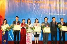 Award honours young science talents