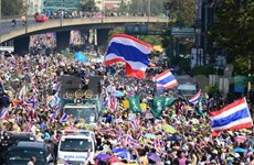Thai PM assures safety for Bangkokians during protest