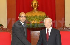 Party leader welcomes new Cuban ambassador