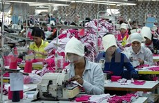 Cambodia sees 7 pct GDP growth in 2013