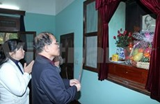 NA Chairman pays tribute to President Ho Chi Minh