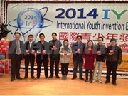 Vietnamese students shine at int'l invention exhibition
