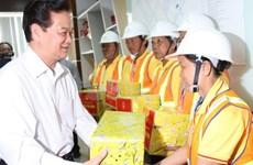 PM tours Vietnam waste solution company