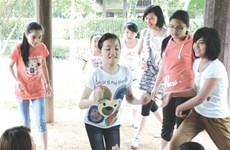 Nationwide Spring festivals help to revive folk games