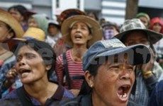 Farmers head to Bangkok to join anti-gov't protests