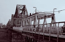 Long Bien Bridge: heritage preservation and city development