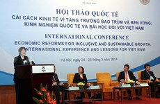Seminar boosts Vietnam's socio-economic growth