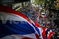 Thai demonstrators resume anti-government protests