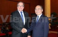 Top legislator receives New Zealand Foreign Minister