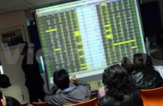 Shares slide on rising caution in both bourses