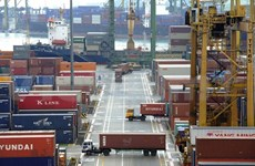 Singapore's total trade continues rising in March