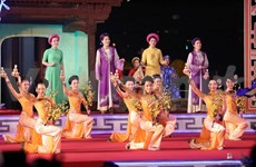Hue Festival offers feast of traditional music