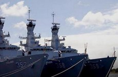 Indonesia to build missile warship