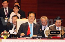 Prime Minister highlights Vietnam's role at ASEAN Summit