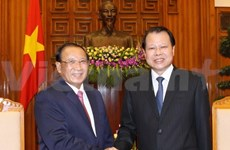 Vietnam helps Laos develop financial sector