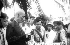 President Ho Chi Minh's birthday observed abroad