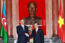 Vietnamese, Azerbaijan Presidents hold talks