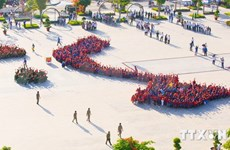 Over 1,000 young people shape Vietnam map in Bac Lieu