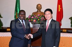 Zambia FM vows to help Vietnam ease post-war aftermath