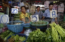 Thailand keeps interest rate at 2 percent