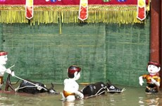 Water puppetry to make a splash in Japan