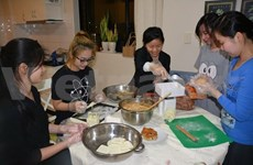DIY mooncakes gather steam