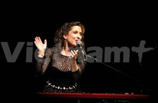 French singer to hold pop concert