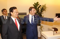 Prime Minister active on sidelines of ASEM-10