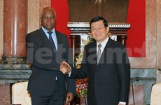 President urges promotion of Vietnam-Angola ties