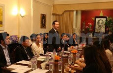 Association connects Vietnamese students in UK