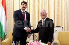 Hungarian President tours Tien Giang province