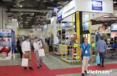Vietnam attends largest Asian oil & gas trade show