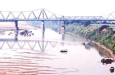 Long Bien Bridge preservation divides planners
